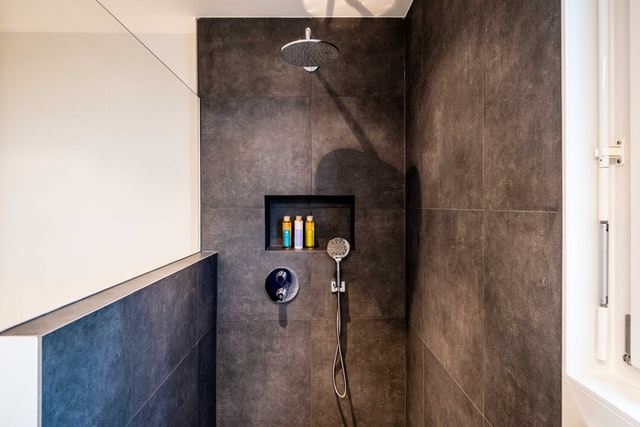 the-hygienic-showering-solution