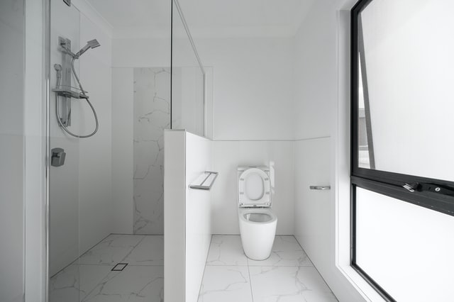 How Shower Pods Can Improve Bathroom Safety For Older Adults